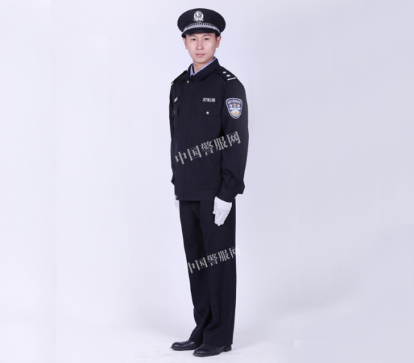 为什么警察服装的颜色不同