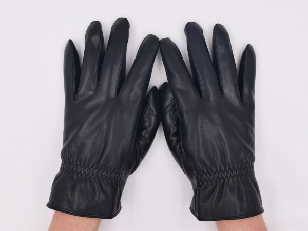 为什么警察出警都要戴手套?
