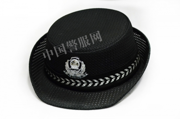 警察服装的着装标准是什么