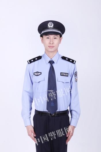 人民警察服装配饰的规格