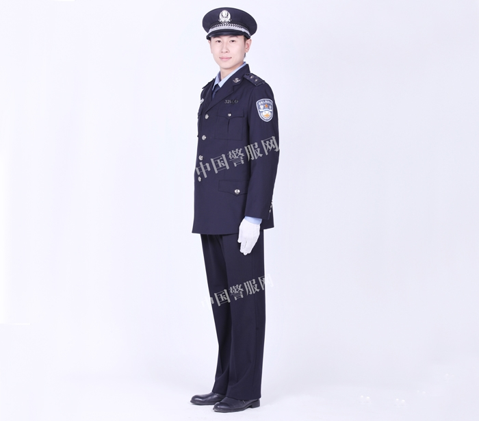 潍坊警察春秋常服